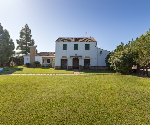 Country House for sale in Campiña de Morón y Marchena (1188)