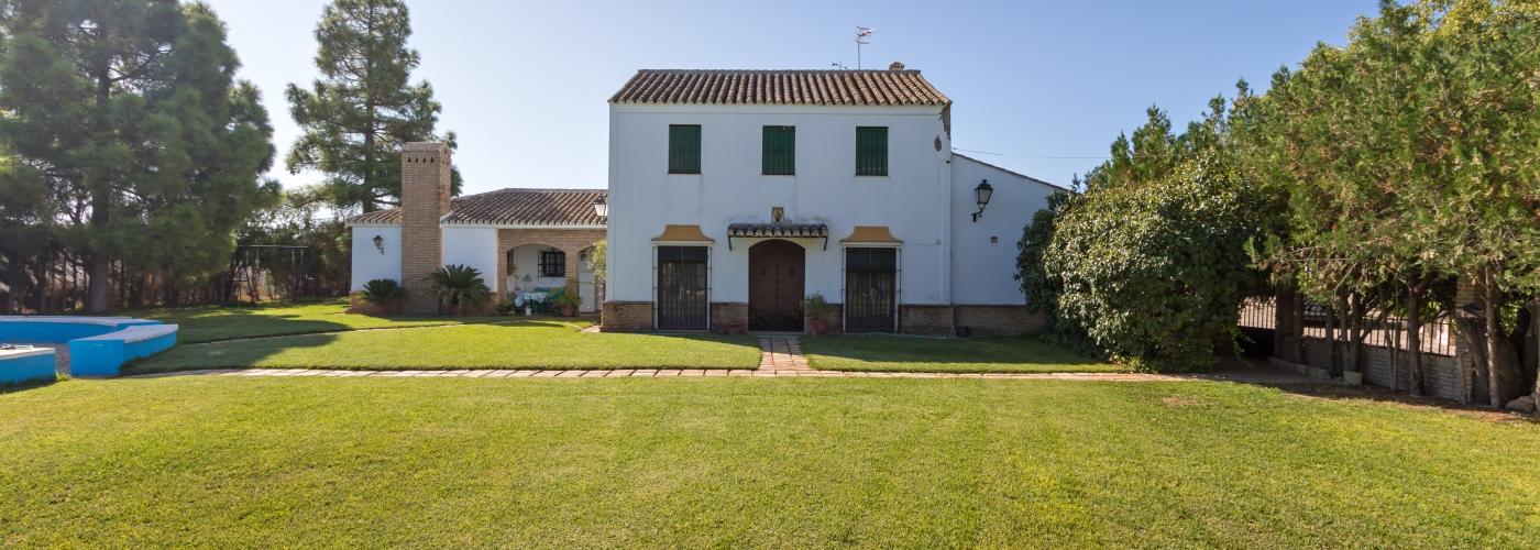 21.00Ha country house  for sale in  Campiña de Morón y Marchena, Sevilla