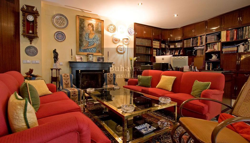 Piso de 325m2 en venta en los remedios sevilla buhaira for Pisos y casas en sevilla