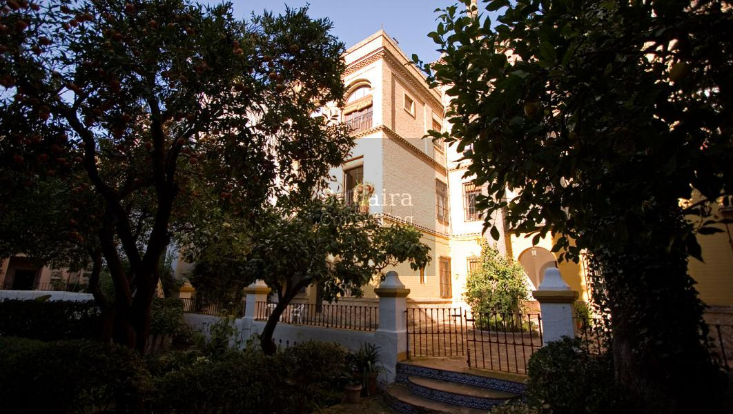 Usable sqft luxury apartment for sale in santa cruz - Garden center sevilla ...