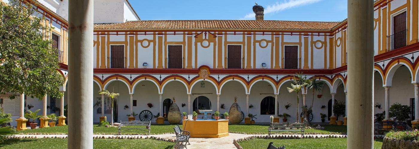 3.58Ha country house  for sale in  Bajo Guadalquivir, Sevilla
