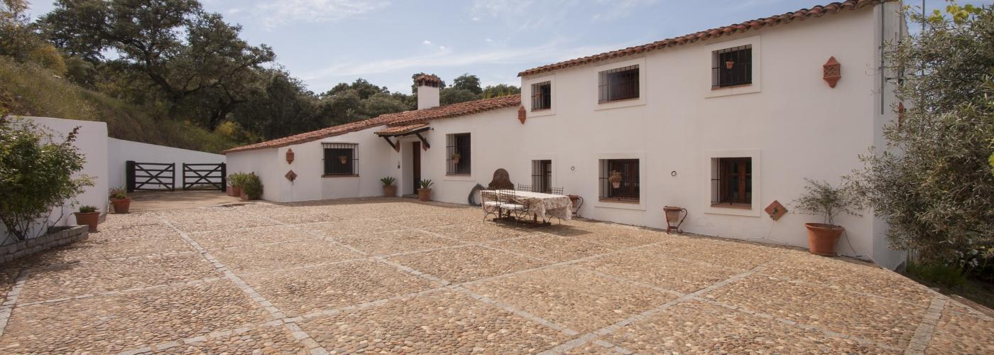 Finca de 15Ha  en venta en  Sierra Norte, Sevilla