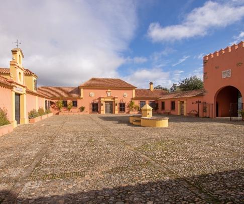 Finca en venta en Sierra de Huelva (2238)