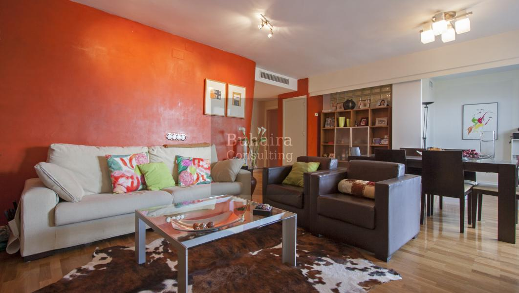 Piso de 182m2 en venta en buhaira viapol sevilla for Pisos y casas en sevilla