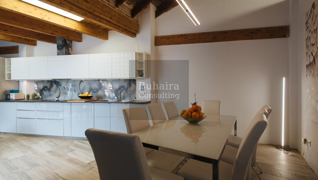 Casa de 192m2 en alquiler en torneo sevilla buhaira for Alquiler de casas en cantillana sevilla