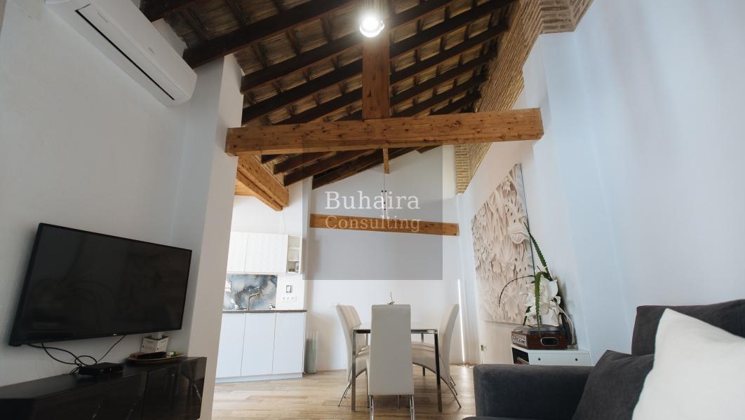 Casa de 192m2 en alquiler en torneo sevilla buhaira for Alquiler de casas en paradas sevilla