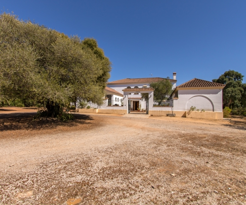 Country House for sale in Sierra de Cádiz (2490)