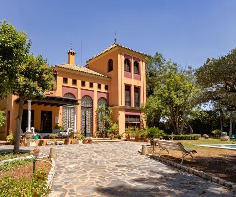 Country House for sale in Área Metropolitana (2523)