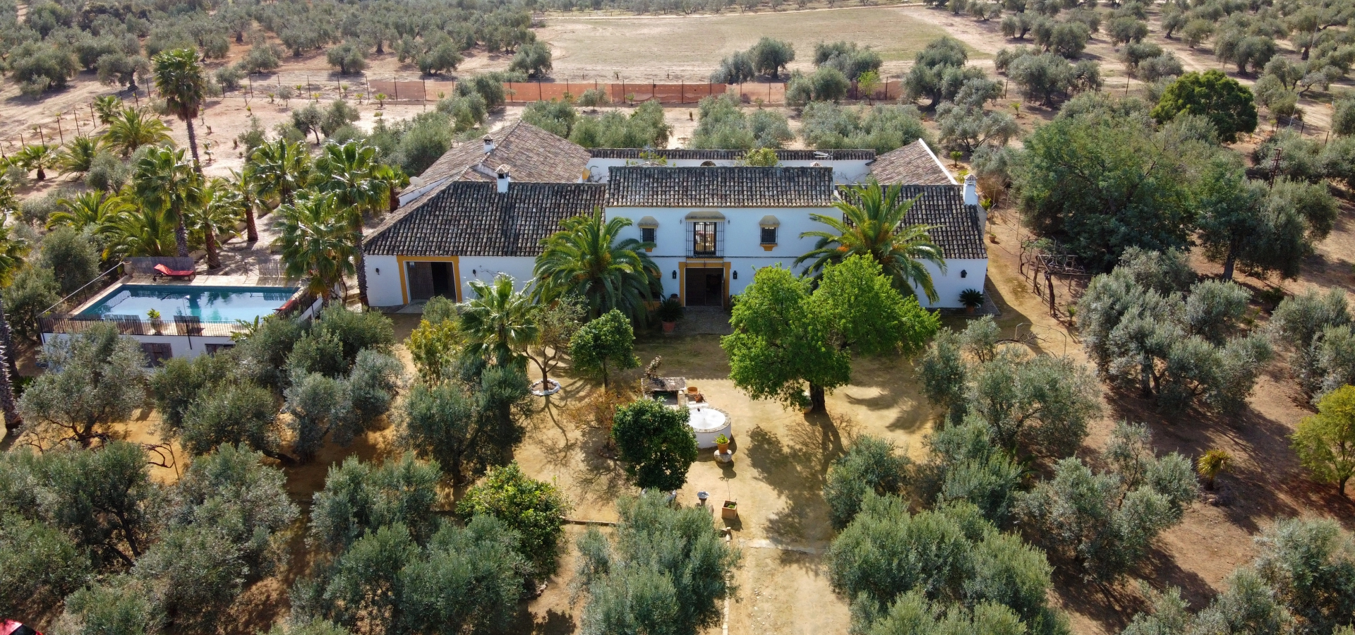 8.87Ha country house  for sale in  Campiña de Morón y Marchena, Sevilla