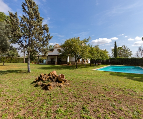 Country House for sale in Área Metropolitana (2527)