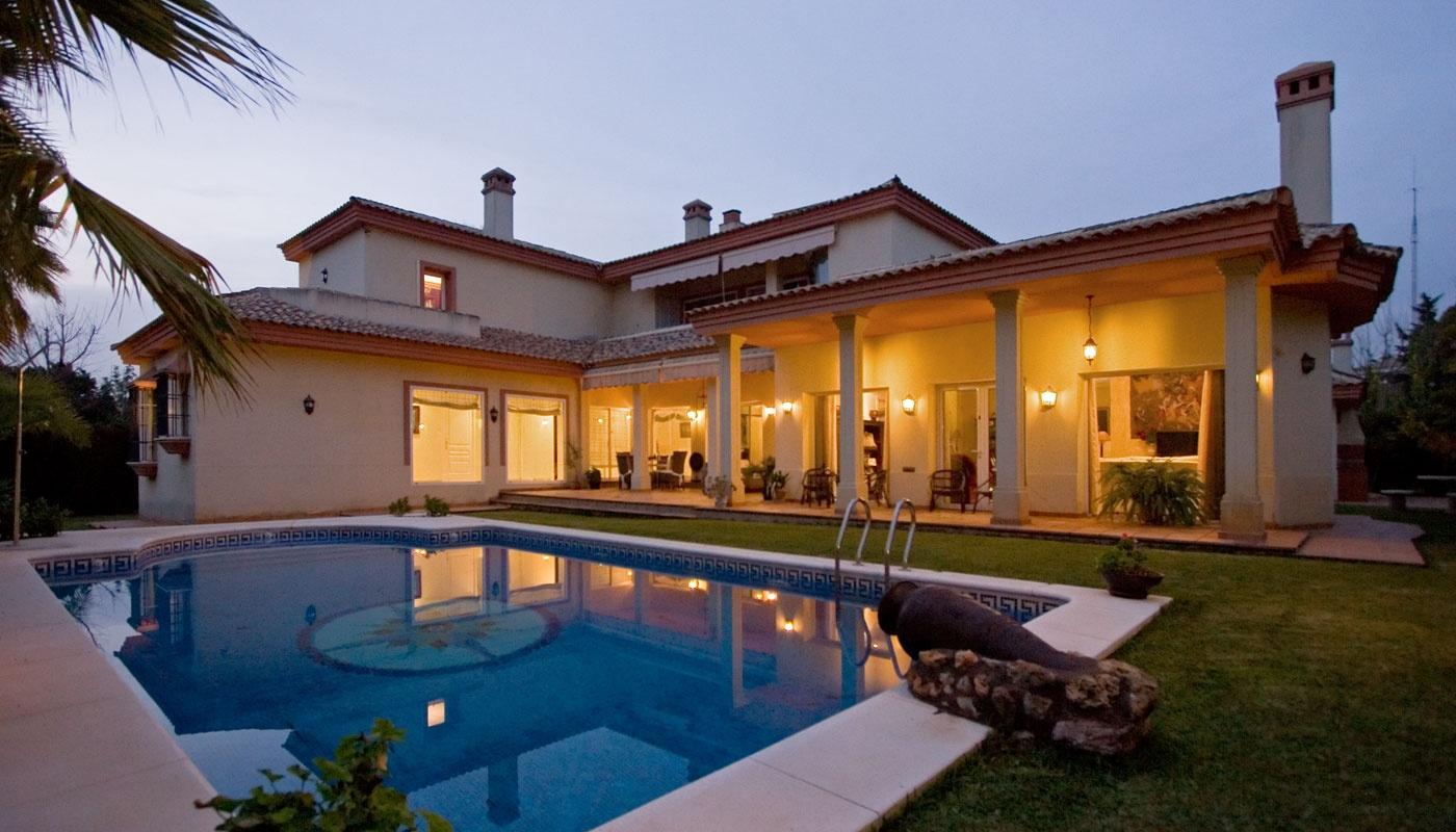 Chalet de luxe de 1171m2 terrain vente banlieues - Chalets de lujo madrid ...